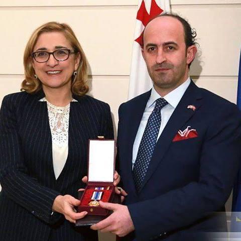 Gürcülerin Mesafeleri ve Engelleri Aşan Onlaine(Uzaktan)Deda- Ena Macarası:Mustafa Kolat ile Söyleşi